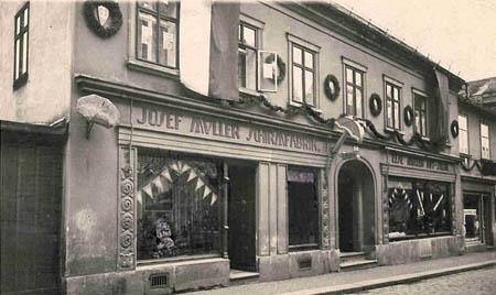 Schirmfabrik Josef Müller in Rumburg, etwa 1938